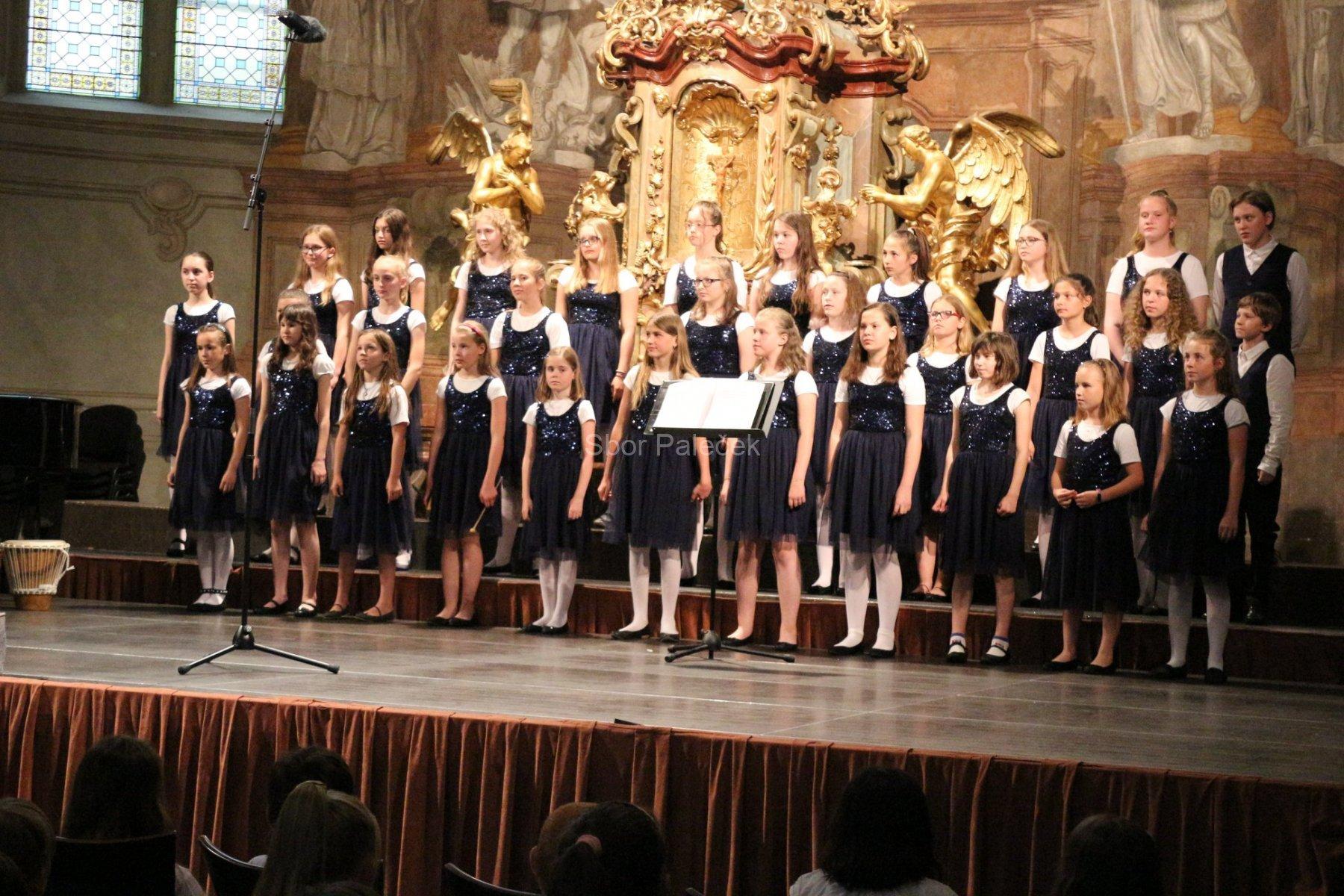 kostel-Šimona-a-Judy-Praha-2019